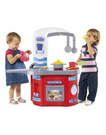 Molto pirmoji šefo vaikiška virtuvėlė