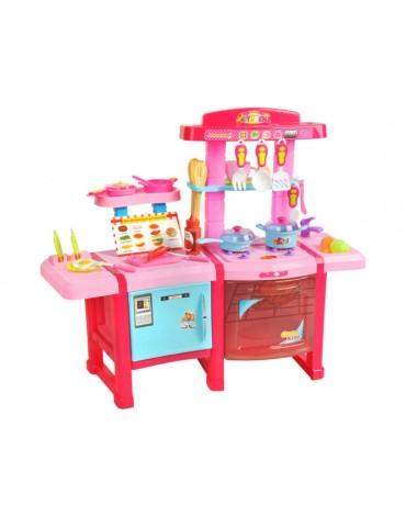 maža vaikiška virtuvė