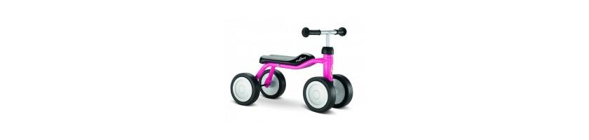 Vaikiškas triratukas pirmoji Jūsų vaiko transporto priemonė.